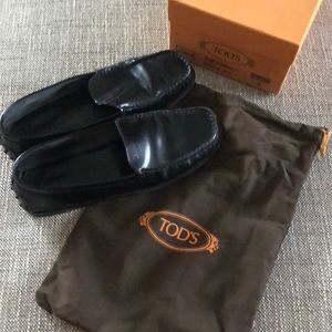 Shoes - Tods loafers